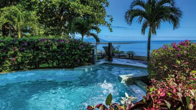 16-tahiti-pearl-outside-jacuzzi